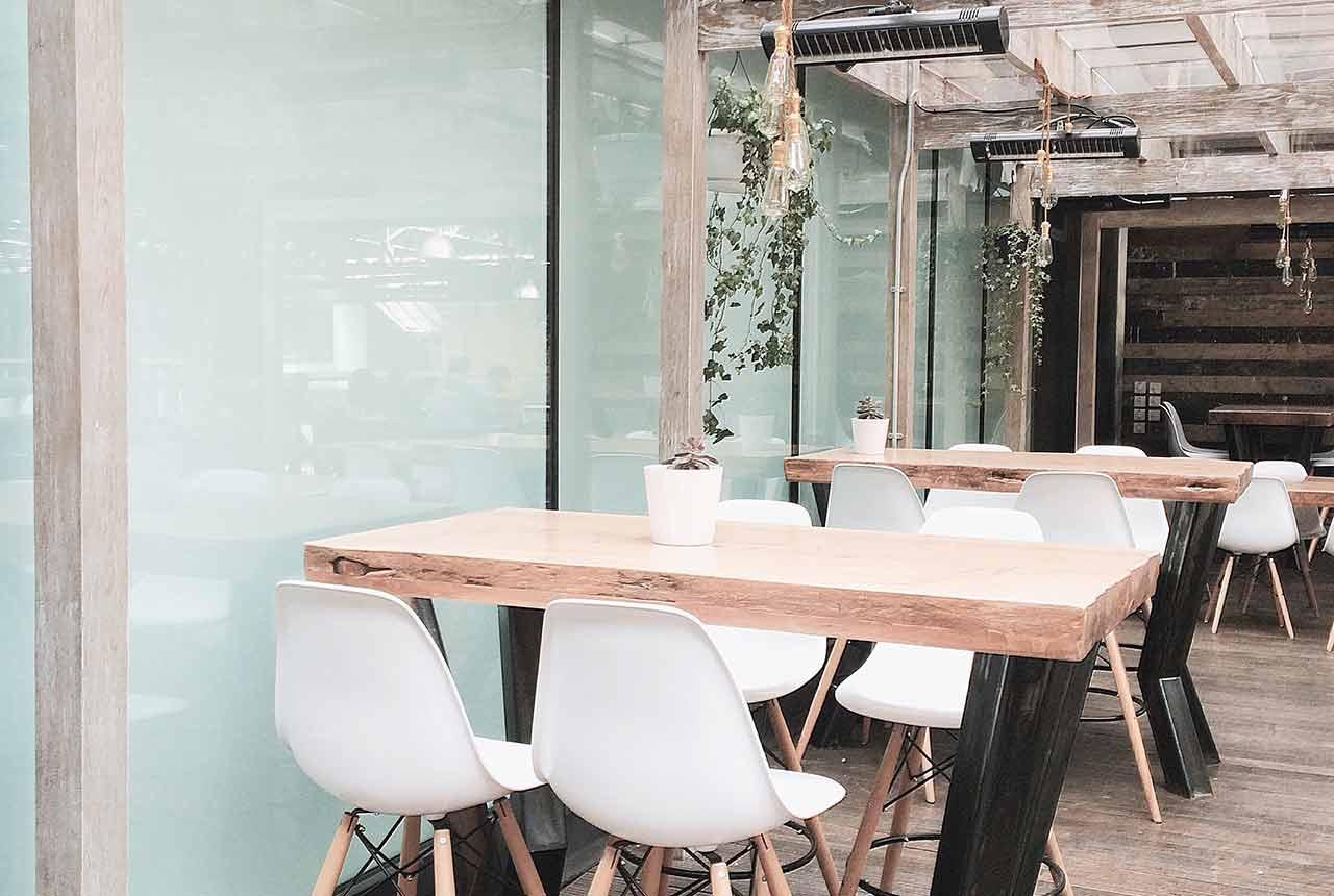 decorative-window-film-restaurant