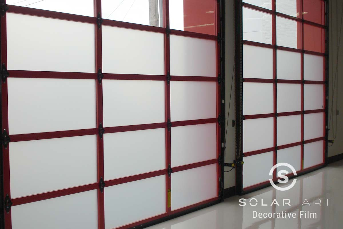 Garage privacy frosted window film