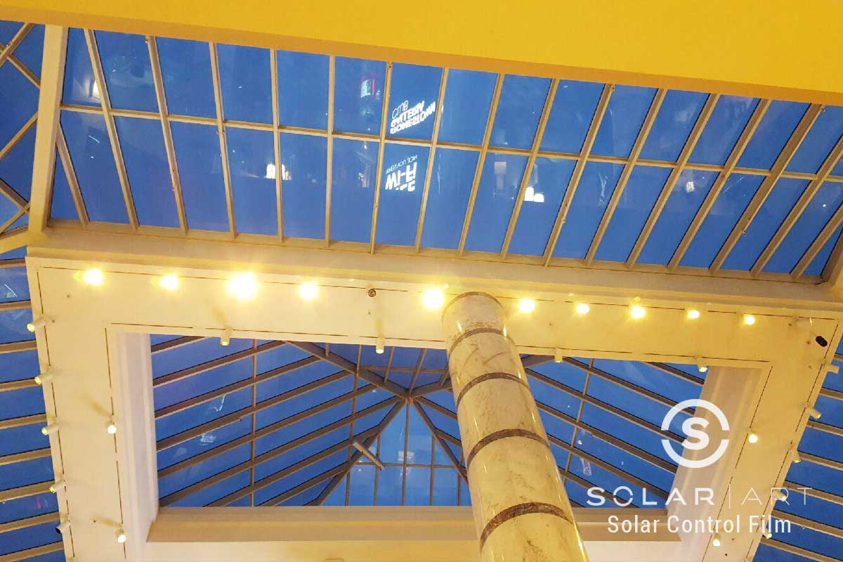 Skylight tinting in malls