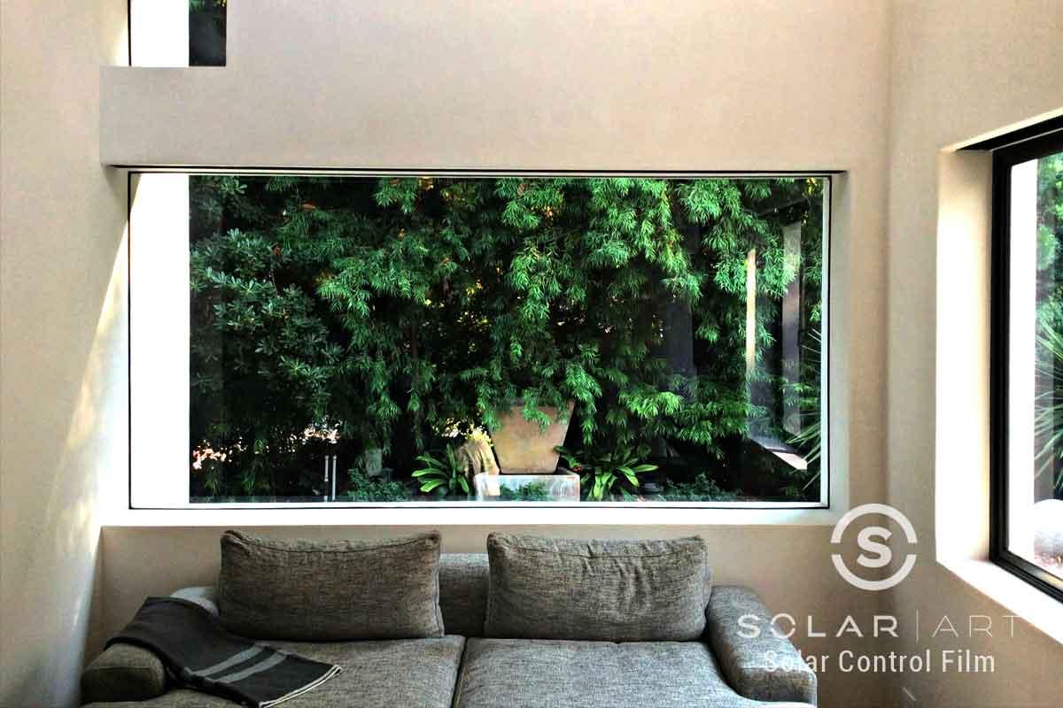 Window tinting for bay windows