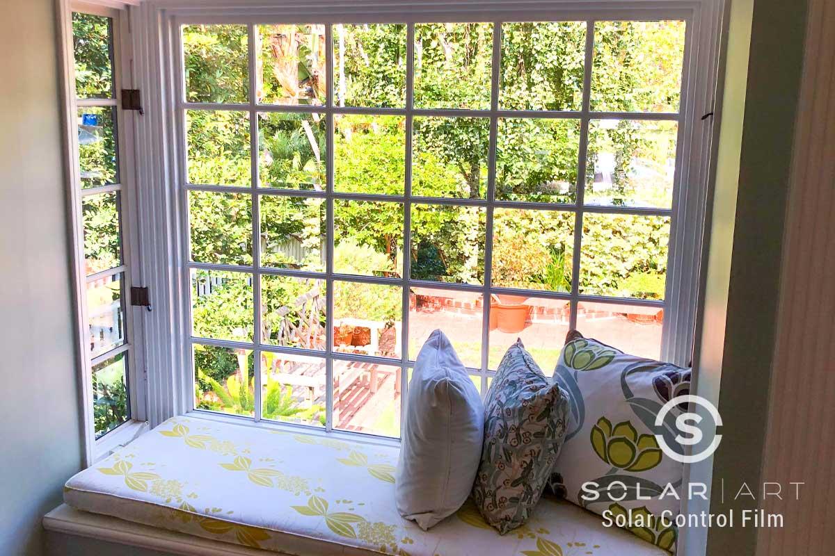 heat blocking window film for living rooms