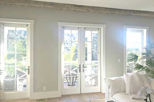 glare reducing window film for house windows