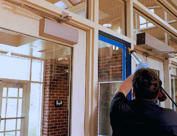 installing-security-film-on-windows